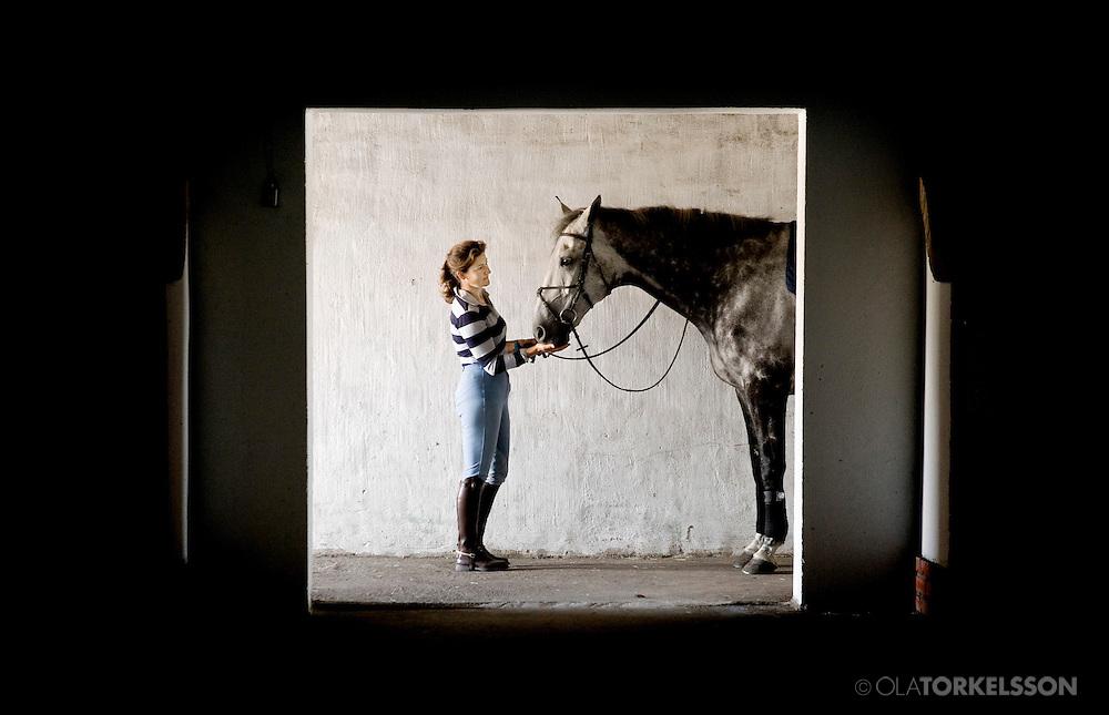 Professional horse rider Paula Törnqvist at her farm in Blentarp, Skåne. Photo Ola Torkelsson ©