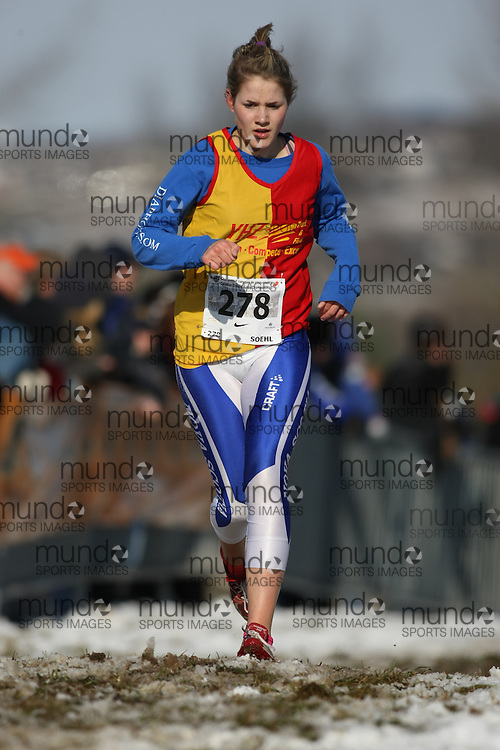 Guelph, Ontario ---29/11/08---  MEGGIE SOEHL runs in the junior women's race at the 2008 AGSI Canadian Cross Country Nationals in Guelph, Ontario November 29, 2008..Sean Burges Mundo Sport Images
