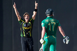 © Licensed to London News Pictures. 30/09/2012. Australian Shane Watson celebrates after getting the wicket of AB de Villiers during the T20 Cricket World super 8's match between Australia Vs South Africa at the R Premadasa International Cricket Stadium, Colombo. Photo credit : Asanka Brendon Ratnayake/LNP