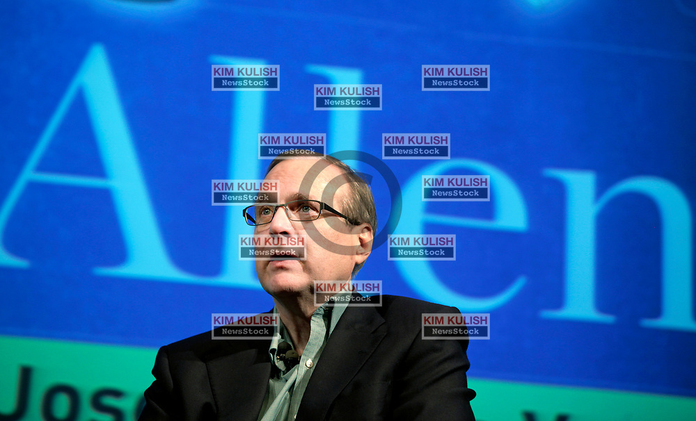 """Microsoft co-founder Paul Allen discusses his new memoir """"Idea Man"""" during an appearance at the Computer History Museum in Mountain View, California."""