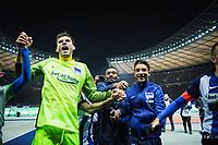 BILDET INNGÅR IKEK I FASTAVTALER. ALL NEDLASTING BLIR FAKTURERT.<br /> <br /> Fotball<br /> Foto: imago/Digitalsport<br /> NORWAY ONLY<br /> <br /> Berlin, Deutschland, 04.11.2016: Fußball 1. Bundesliga Saison 2016/2017 - Hertha BSC - Borussia Moenchengladbach. Jubel Torwart Rune Almenning Jarstein (Hertha 22), Salomon Kalou (Hertha 8), Sami Allagui (Hertha 11)