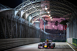 September 20, 2019, Singapore, Singapore: Motorsports: FIA Formula One World Championship 2019, Grand Prix of Singapore, .#23 Alexander Albon (THA, Aston Martin Red Bull Racing) (Credit Image: © Hoch Zwei via ZUMA Wire)