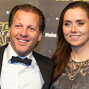 NLD/Amsterdam/20151215 - première van STAR WARS: The Force Awakens!, Michiel Mol met partner Marlous Mens