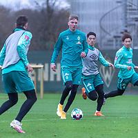 16.11.2020, Trainingsgelaende am wohninvest WESERSTADION - Platz 12, Bremen, GER, 1.FBL, Werder Bremen Training<br /> <br /> Nick Woltemade (werder Bremen #41)<br />  ,Ball am Fuss, <br /> KYU-HYUN PARK  (Werder Bremen II #22)<br /> Marco Friedl (Werder Bremen #32)<br /> <br /> <br /> Foto © nordphoto / Kokenge *** Local Caption ***