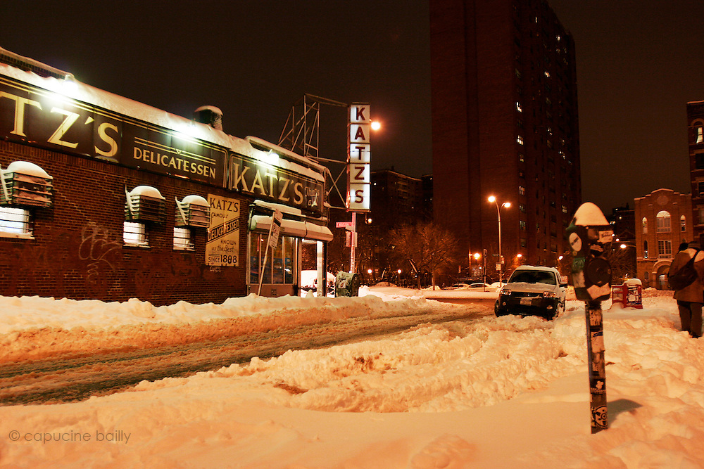 February 12th 2006. New York, New York. United States..The day after a record-breaking snow storm.