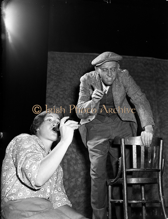 """13/8/1955<br /> 8/13/1955<br /> 13 August 1955 <br /> Abbey Theatre Players in Costume for New Play """"The Will And The Way"""""""