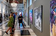 AMSTERDAM, 12-07-2021, Koninklijk Paleis Amsterdam<br /> <br /> Koning Willem Alexander reikt Koninklijke Prijs voor Vrije Schilderkunst 2021 (KPVS) uit en opent samen met Hare Koninklijke Hoogheid Prinses Beatrix de jubileumtentoonstelling 'Grensverkenners, Koninklijke Prijs voor Vrije Schilderkunst 150 jaar' in het Koninklijk Paleis Amsterdam. FOTO: Brunopress/Patrick van Emst<br /> <br /> King Willem Alexander presents the Royal Prize for Free Painting 2021 (KPVS) and, together with Her Royal Highness Princess Beatrix, opens the anniversary exhibition 'Border Explorers, Royal Prize for Free Painting 150 years' in the Royal Palace Amsterdam.