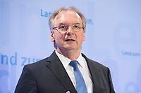16 MAR 2017, BERLIN/GERMANY:<br /> Reiner Haseloff, CDU, Ministerpraesident Sachsen-Anhalt, waehrend einer Pressekonferenz nach einer Sitzung der Ministerpraesidentenkonferenz, Bundesrat<br /> IMAGE: 20170316-02-007<br /> KEYWORDS: Ministerpräsidentenkonferenz, MPK