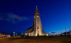 THEMENBILD - Die Hallgrimskirkja ist eine evangelisch Lutherische Pfarrkirche der Isländischen Staatskirche in der Hauptstadt Reykjavik, das größte Kirchengebäude Islands, aufgenommen am 25. Oktober 2019 in Island // The Hallgrimskirkja is a Protestant Lutheran parish church of the Icelandic state church in the capital Reykjavik, Iceland's largest church building, Iceland on 2019/10/25. EXPA Pictures © 2019, PhotoCredit: EXPA/ Peter Rinderer