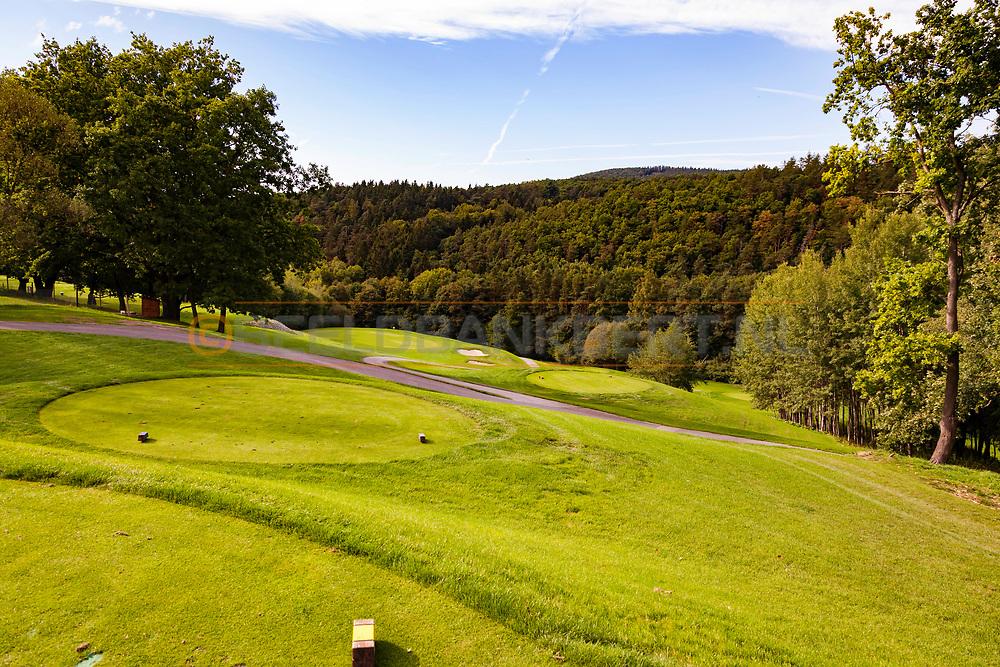 17-09-2015: Beroun Golf Resort in Beroun, Tsjechië.<br /> Foto: De par-3 elfde met een mooi verval