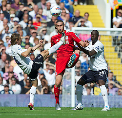 18.09.2011, White Hart Lane, London, ENG, PL, Tottenham Hotspur FC vs Liverpool FC, im Bild Liverpool's Andy Carroll in action against Tottenham Hotspur during the Premiership match at White Hart Lane. EXPA Pictures © 2011, PhotoCredit: EXPA/ Propaganda Photo/ David Rawcliff +++++ ATTENTION - OUT OF ENGLAND/GBR+++++