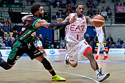 DESCRIZIONE : Final Eight Coppa Italia 2015 Desio Quarti di Finale Olimpia EA7 Emporio Armani Milano - Sidigas Scandone Avellino<br /> GIOCATORE : Joe Ragland<br /> CATEGORIA : palleggio penetrazione <br /> SQUADRA : EA7 Emporio Armani Milano<br /> EVENTO : Final Eight Coppa Italia 2015 Desio<br /> GARA : Olimpia EA7 Emporio Armani Milano - Sidigas Scandone Avellino<br /> DATA : 20/02/2015<br /> SPORT : Pallacanestro <br /> AUTORE : Agenzia Ciamillo-Castoria/Max.Ceretti