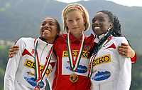 Friidrett<br /> VM U18 <br /> Bressanone Italia<br /> 09.07.2009<br /> Foto: Hasse Sjøgren, Digitalsport<br /> NORWAY ONLY<br /> <br /> Isabelle Pedersen fra Norna-Salhus vant VM-gull på 100 meter hekk (0.76) med tiden 13.23 foran Kori Carter fra USA med 13.26 og Bridgette Owens fra USA med 13.39. Dette er den første seieren til Norge i U18 VM noensinne. <br /> Hun løp også inn til ny årsbeste i verden med 13.20 i semifinalen på 100 meter hekk.