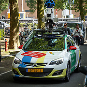 NLD/Amsterdam/20150608 - google auto bezig om de Amsterdamse ogen in kaart te brengen