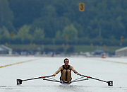 Poznan, POLAND.  2006, FISA, Rowing, World Cup, NZL M1X, Mahe DRYSDALE, moves  away from  the  start, on the Malta  Lake. Regatta Course, Poznan, Thurs. 15.06.2006. © Peter Spurrier   .[Mandatory Credit Peter Spurrier/ Intersport Images] Rowing Course:Malta Rowing Course, Poznan, POLAND