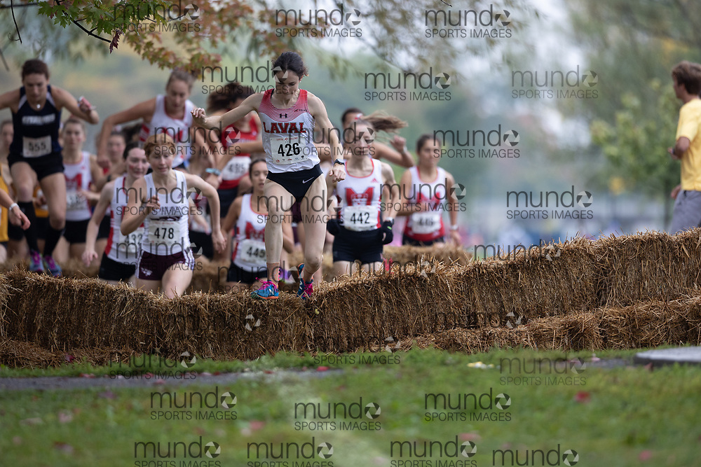 (Ottawa, Canada---02 October 2021)  Camille  Riopel (Laval Rouge-et-Or) competing in the University/Open Women's race at the 2021 Capital Cross Country Challenge held at Mooney's Bay Park in Ottawa.<br /> <br /> Photograph 2021 Copyright Miles Ryan Rowat / Mundo Sport Images