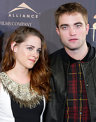 Robert Pattinson (R) and actress Kristen Stewart  (L) attend the Twilight II photocall,  Villa Magna Hotel, Madrid, Spain, November 15, 2012.  Photo by Belen Diaz / Eduardo Dieguez / DyD FOtografos / i-Images...SPAIN OUT