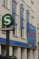02 MAY 2002, BERLIN/GERMANY:<br /> Aussenansicht der Kampa02, der Wahlkampfzentrale der SPD fuer die Bundestagswahl 2002, Oranienburger Strasse 67/68, Berlin-Mitte<br /> IMAGE: 20020502-01-002<br /> KEYWORDS: Kampa 02, Logo, Haus, house, Schriftzug