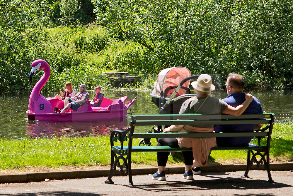 © Licensed to London News Pictures. 22/06/2019. Warwick, Warwickshire, UK. People on a pedalo enjoy the weather on the river Avon in Warwick during a hot summers day. Photo credit: LNP