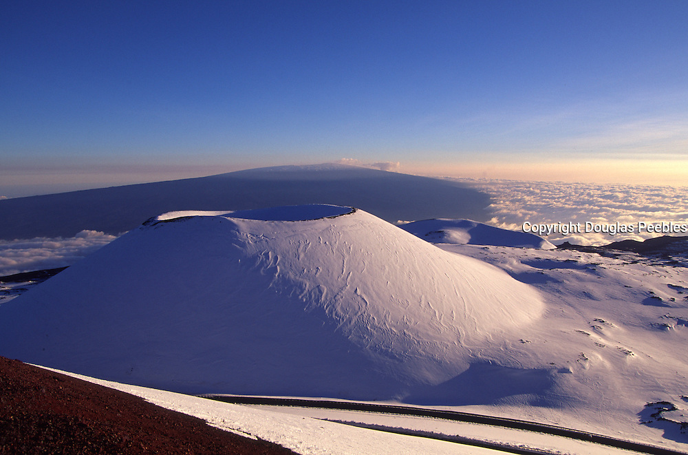 Snow capped Mauna Kea, Island of Hawaii<br />