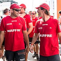 """El """"MAPFRE"""" durante el desfile de tripulaciones con motivo de la costera de Alicante. The """"MAPFRE"""" during the sailing parade for the Alicante In-port race."""
