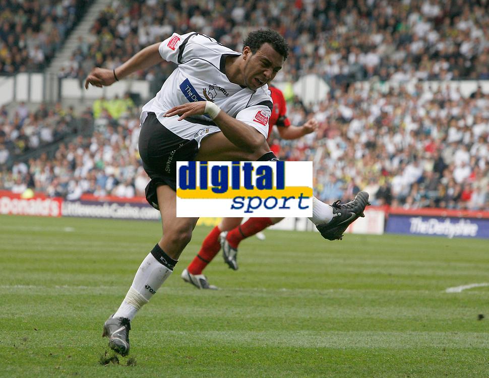 Photo: Steve Bond.<br /> Derby County v Coventry City. Coca Cola Championship. 09/04/2007. Giles Barnes shoots