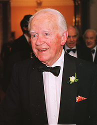 The EARL OF PERTH at a dinner in London on 1st June 1999.MSR 46