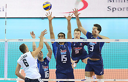 07.09.2014, Krakow Arena, Krakau, POL, FIVB WM, Italien vs USA, Gruppe D, im Bild PAUL LOTMAN, MICHELE BARANOWICZ, EMANUELE BIRARELLI, IVAN ZAYTSEV, SIMONE PARODI // during the FIVB Volleyball Men's World Championships Pool D Match beween Italy and USA at the Krakow Arena in Krakau, Poland on 2014/09/07. EXPA Pictures © 2014, PhotoCredit: EXPA/ Newspix/ Tomasz Markowski<br /> <br /> *****ATTENTION - for AUT, SLO, CRO, SRB, BIH, MAZ, TUR, SUI, SWE only*****