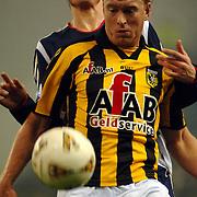 NLD/Arnhem/20051211 - Voetbal, Vitesse - Ajax, Ruud Knol en Markus Rosenberg
