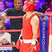 NLD/Amsterdam/20181031 - Boxingstars 2018, 1e aflevering, trainer Ramond Joval en Danny Froger (rood)