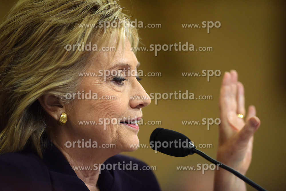 Democratic presidential candidate and former Secretary of State Hillary Clinton testifies before the House Select Committee on Benghazi on Capitol Hill in Washington D.C, the United States, Oct. 22, 2015. EXPA Pictures © 2015, PhotoCredit: EXPA/ Photoshot/ Yin Bogu<br /> <br /> *****ATTENTION - for AUT, SLO, CRO, SRB, BIH, MAZ only*****