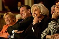 23 OCT 2003, BERLIN/GERMANY:<br /> Gerhard Schroeder (Mi-L), SPD, Bundeskanzler, und Renate Schmidt (Mi-R), SPD, Bundesfamilienministerin, und ehemalige Bundesfamilienministerinnen, waehrend der 50-Jahr-Feier des Bundesfamilienministeriums, Berliner Ensemble<br /> IMAGE: 20031023-01-015<br /> KEYWORDS: Gerhard Schöder