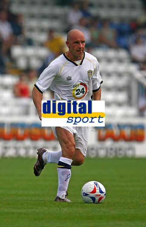 Photo: Andrew Unwin.<br />Hartlepool United v Leeds United. Pre Season Friendly. 22/07/2006.<br />Leeds' Steve Stone on the ball.