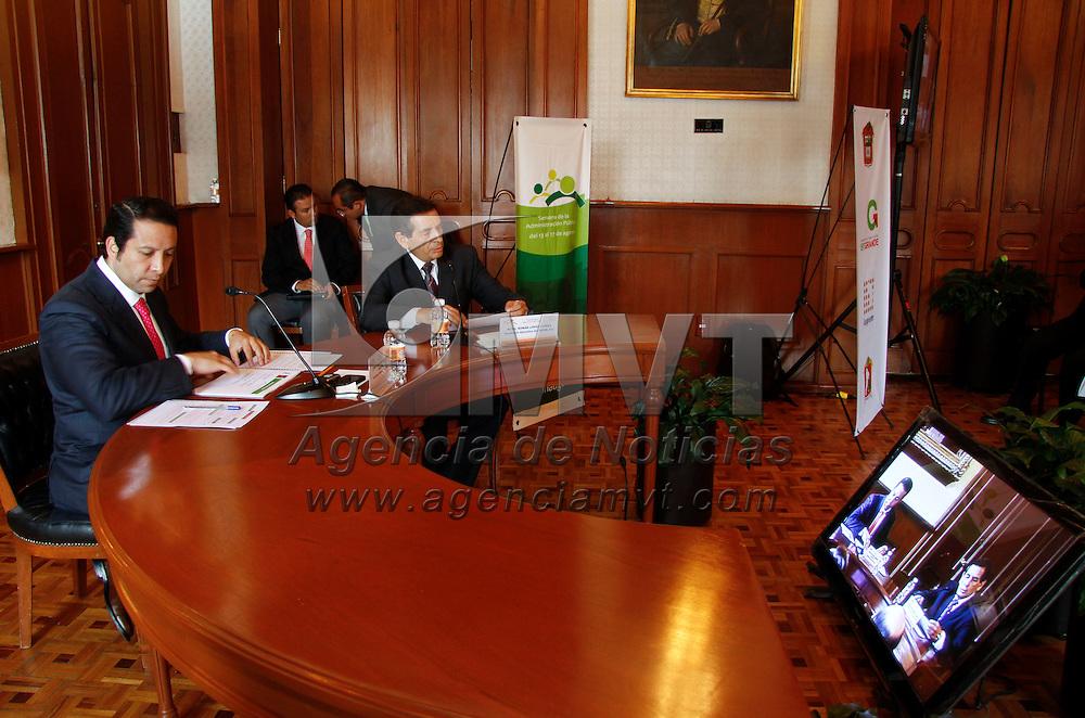 Toluca, México.- Guillermo Legorreta Martínez, alcalde de Toluca en el inicio de las actividades de la Semana de la Administración Pública. Agencia MVT / Crisanta Espinosa