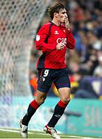 Savo MILOSEVIC, Football player of Serbia and Montenegro and Osasuna forward, throws a kiss. Real Madrid - Osasuna / League 2005-06. Santiago Bernabeu Stadium,