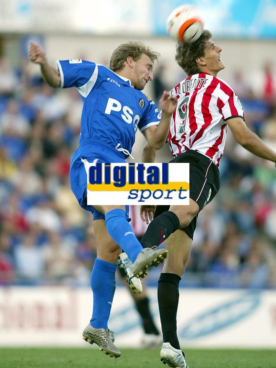 Fotball<br /> La Liga Spania 2005/2006<br /> Getafe v Athletico Bilbao<br /> Foto: Miguelez/Digitalsport<br /> NORWAY ONLY<br /> <br /> Diego Rivas - Getafe (V)<br /> Llorente - AB