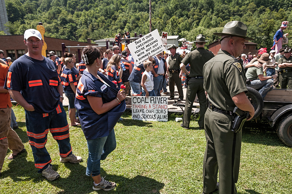 Massey Energy employees in counter protest
