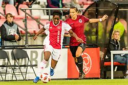 (L-R) Liza van der Most of Ajax women, Kylie Allyssa Strom of AC Sparta Praha women during the UEFA Women's Champions League match between Ajax Amsterdam and Sparta Praag at Sportpark De Toekomst on September 12, 2018 in Amsterdam, The Netherlands
