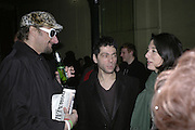 Nick Reynolds, Tim Noble and Mary McCartney. Potential and Ground. 1 Chiltern St. London. 7 February 2007.  -DO NOT ARCHIVE-© Copyright Photograph by Dafydd Jones. 248 Clapham Rd. London SW9 0PZ. Tel 0207 820 0771. www.dafjones.com.