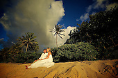 Oahu Wedding Photographer   Day After Session