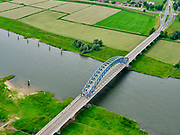 Nederland, Overijssel, Gemeente Zwolle, 21–06-2020; IJssel bij Zwolle, IJsselbrug Hattem brug voor het wegverkeer. <br /> IJssel near Zwolle, IJssel bridge, Hattem bridge for road traffic. luchtfoto (toeslag op standaard tarieven);<br /> aerial photo (additional fee required)<br /> copyright © 2020 foto/photo Siebe Swart
