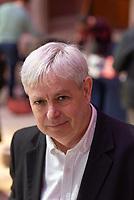 Jonathan Coe, écrivain britannique, auteur notemment de la trilogie romanesque Les enfants de Longbridge, La maison du sommeil, La pluie avant qu'elle tombe, Expo 58. <br /> <br /> Jonathan Coe, British writer, London. 11th Janvier 2019.