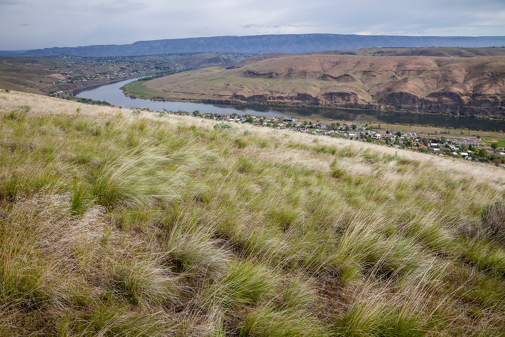 Civilization encroaches on high prairie along both sides of the Snake River as Hells Canyon gives way to rolling hills in Idaho and Washington States.  Licensing and Open Edition Prints.