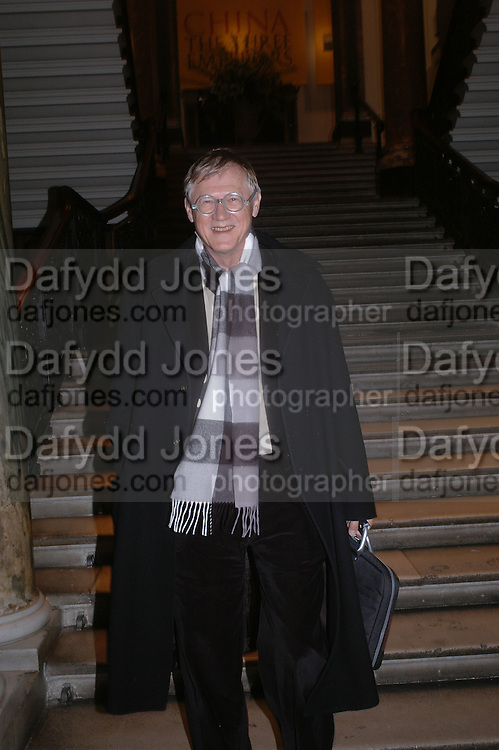 Nicholas Grimshaw, President of the Royal Academy. Everyman's Centenary Party. The Fine Rooms. Royal Academy. London. 15 February 2006. dddONE TIME USE ONLY - DO NOT ARCHIVE  © Copyright Photograph by Dafydd Jones 66 Stockwell Park Rd. London SW9 0DA Tel 020 7733 0108 www.dafjones.com