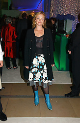 MIRANDA RICHARDSON at an exhibition of David Hockney portraits at the National Portrait Gallery sponsored by Burberry on 11th October 2006.<br /><br />NON EXCLUSIVE - WORLD RIGHTS
