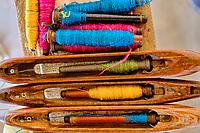 Inde, Gujarat, region du Kutch, Bhuj, village artisanal de textile de Bhujodi, tissage des tissus // India, Gujarat, Kutch, Bhuj, textile village of Bhujodi, textile weaving