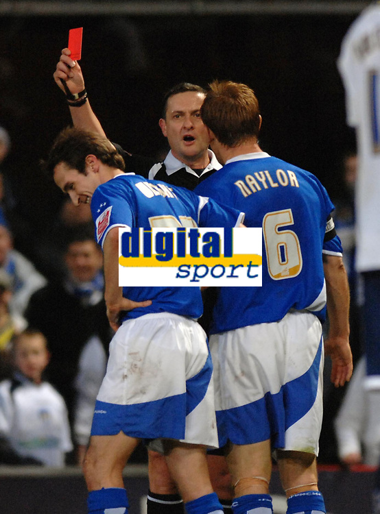Photo: Ashley Pickering.<br />Ipswich Town v Colchester United. Coca Cola Championship. 20/01/2007.<br />Ipswich's David Wright is sent off on his home debut by ref Graham Laws