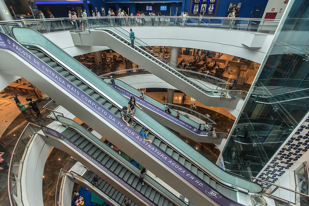 Belo Horizonte_MG, Brasil.<br /> <br /> Shopping Estacao BH, na regiao de Venda Nova em Belo Horizonte, Minas Gerais.<br /> <br /> Estacao BH mall in Venda Nova region, in Belo Horizonte, Minas Gerais.<br /> <br /> Foto: LEO RUMOND / NITRO