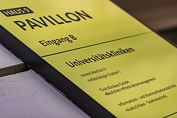 THEMENBILD - In Österreich gibt es erstmals zwei bestätigte Coronavirus-Fälle. Die beiden 24-Jährigen befinden sich vorerst in der Innsbrucker Klinik in Isolation. Hier im Bild: Ambulanz Krankenwagen vor Gebäude der Universitätsklinik Innsbruck, aufgenommen am Mittwoch, 26. Februar 2020 // There are two confirmed coronavirus cases in Austria for the first time. The two 24-year-olds are initially in isolation in the Innsbruck clinic. Pictured here: Ambulance ambulance in front of the Innsbruck University Hospital building. Wednesday, February 26, 2020. EXPA Pictures © 2020, PhotoCredit: EXPA/ Johann Groder