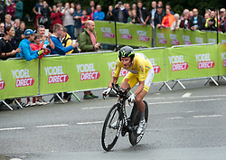 © Licensed to London News Pictures. 10/09/2016. Bristol, UK. The Tour of Britain cycle race 2016. Picture of the current overall leader of the tour, STEVE CUMMINGS. doing the time trial. Photo credit : Simon Chapman/LNP
